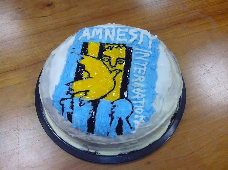 Amnesty Galway - Picasso- The Prisoner and the Dove Rose Cake